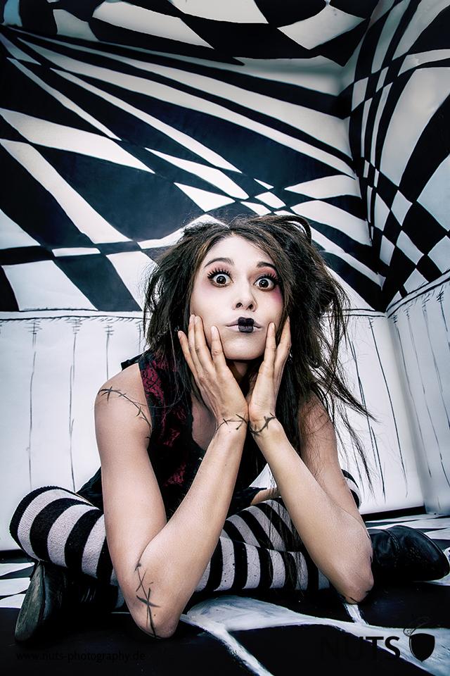 Tim Burton, skuril, verrückt, leinwand, schwarz weiß, crazy, mad,