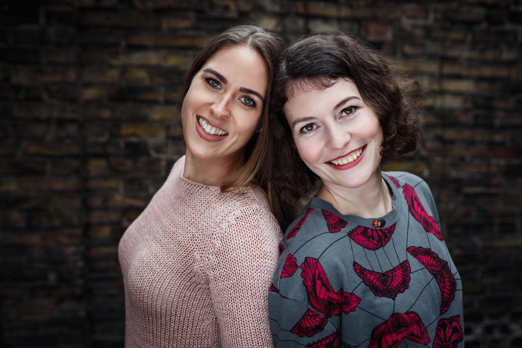 2018, Charlotte & Sophie, Mannheim Bilder für die Großeltern